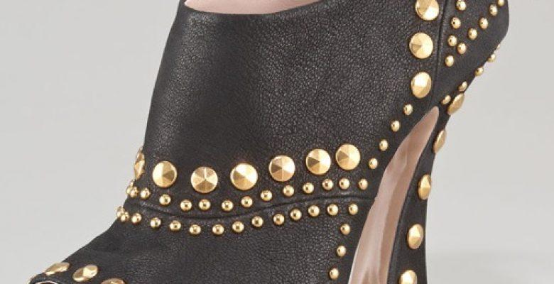 Bayan Önü Açık Ayakkabı Modelleri